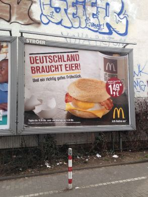 Werbung für McDonald's, Köln 2013