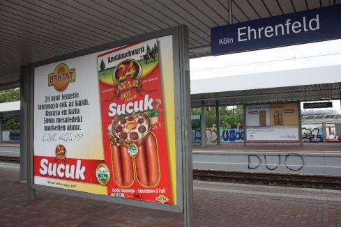 Sucuk am Bahnhof Ehrenfeld, Köln 2012