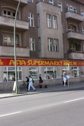 Asia Supermarkt - Home of Sojaprodukte, Berlin 2010