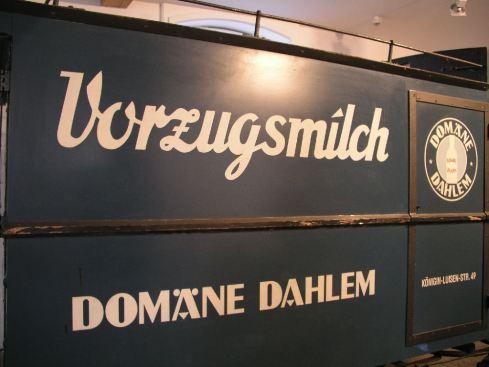 Vorzugsmilchwagen auf der Domäne Dahlem, Berlin 2008