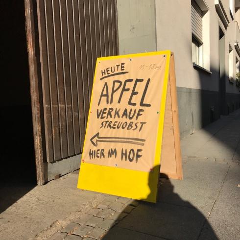 Apfel-Hofverkauf, Mülheim, Oktober 2018